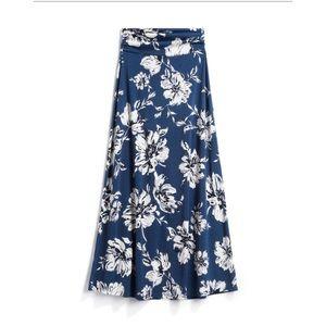 """LE LIS """"Delina"""" Knit Blue Floral Maxi Skirt-SP"""